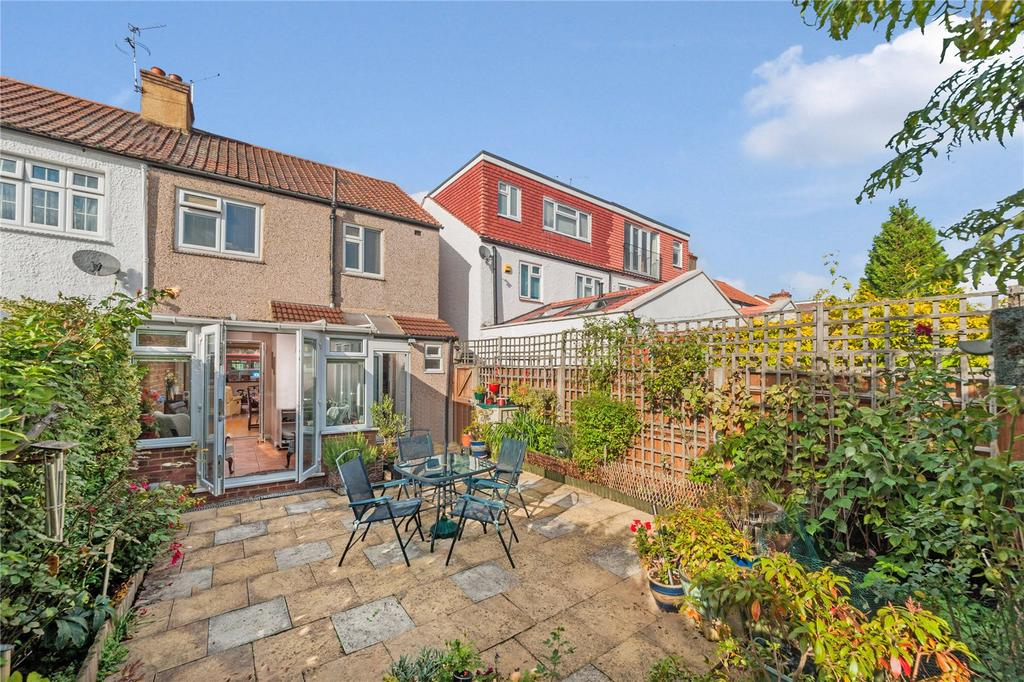 3 Bedrooms End Of Terrace House for sale in Lower Richmond Road, Richmond, Surrey