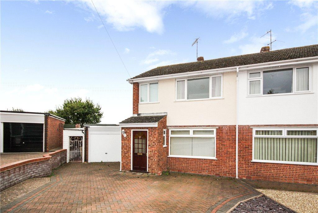 3 Bedrooms Semi Detached House for sale in Constance Road, Worcester, Worcestershire, WR3