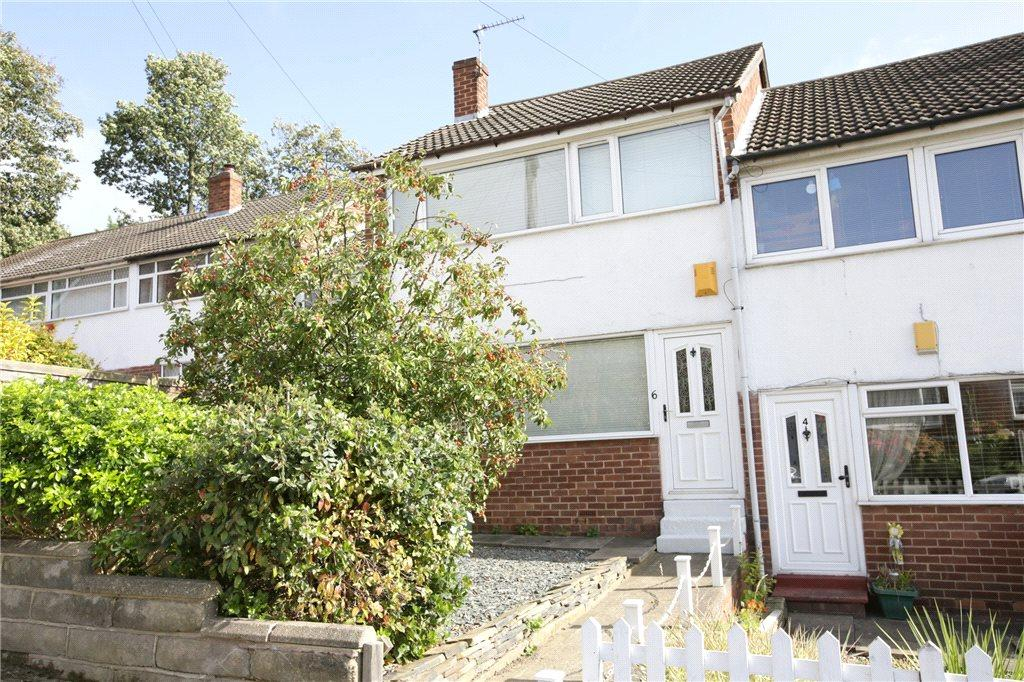 3 Bedrooms Terraced House for sale in Hough End Close, Bramley, Leeds