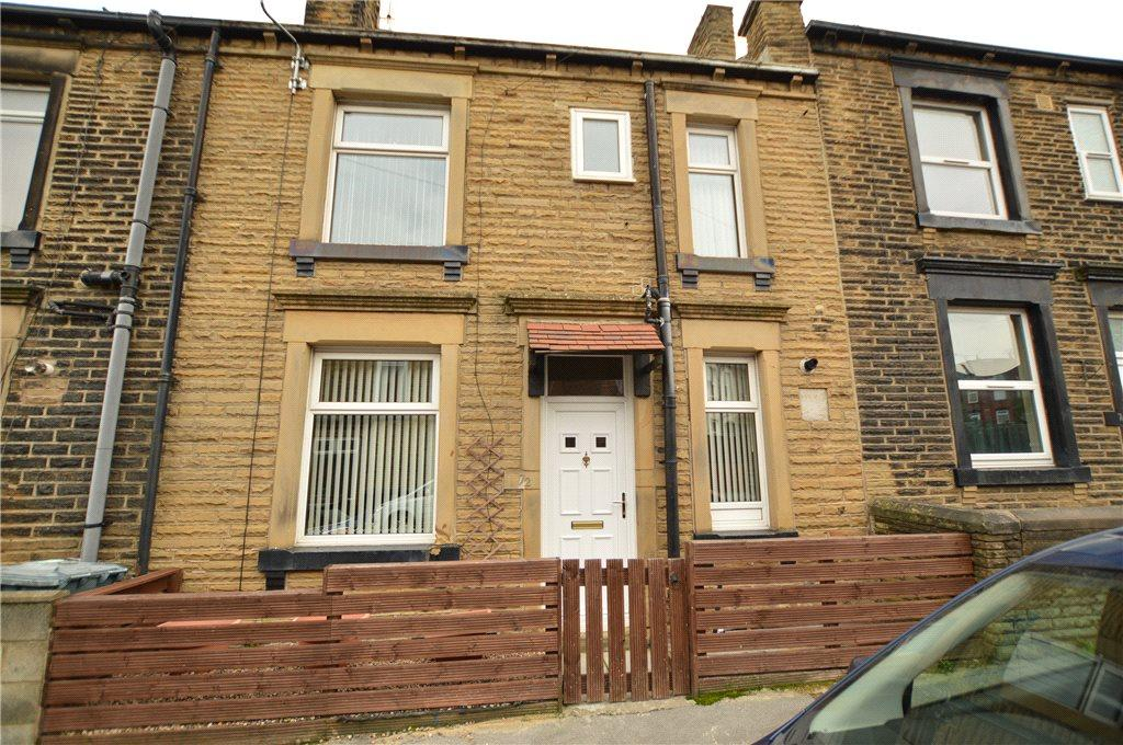 3 Bedrooms Terraced House for sale in Cross Peel Street, Morley, Leeds