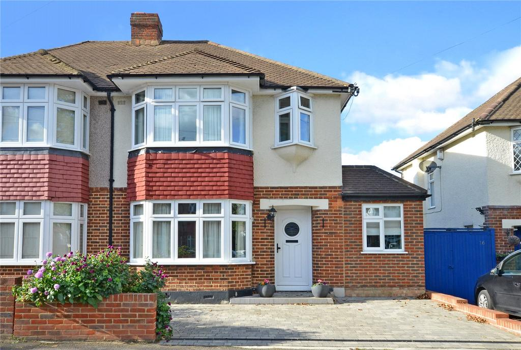 3 Bedrooms Semi Detached House for sale in Acacia Drive, Sutton, Surrey, SM3