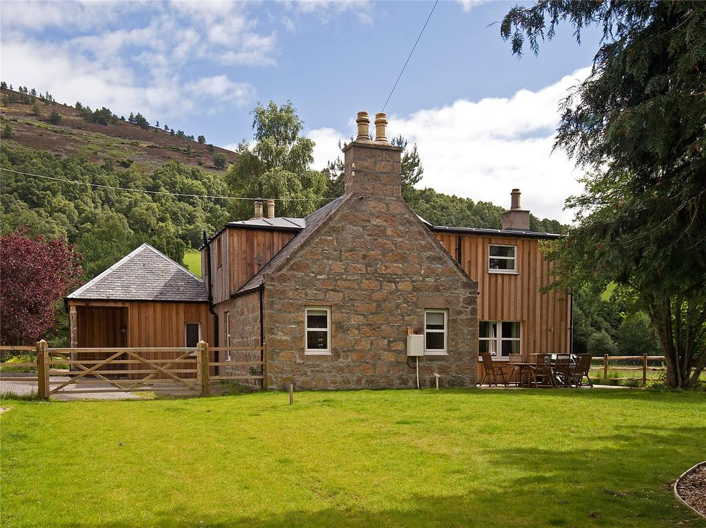 4 Bedrooms Detached House for sale in Prony Farmhouse, Glengairn, Ballater, Aberdeenshire