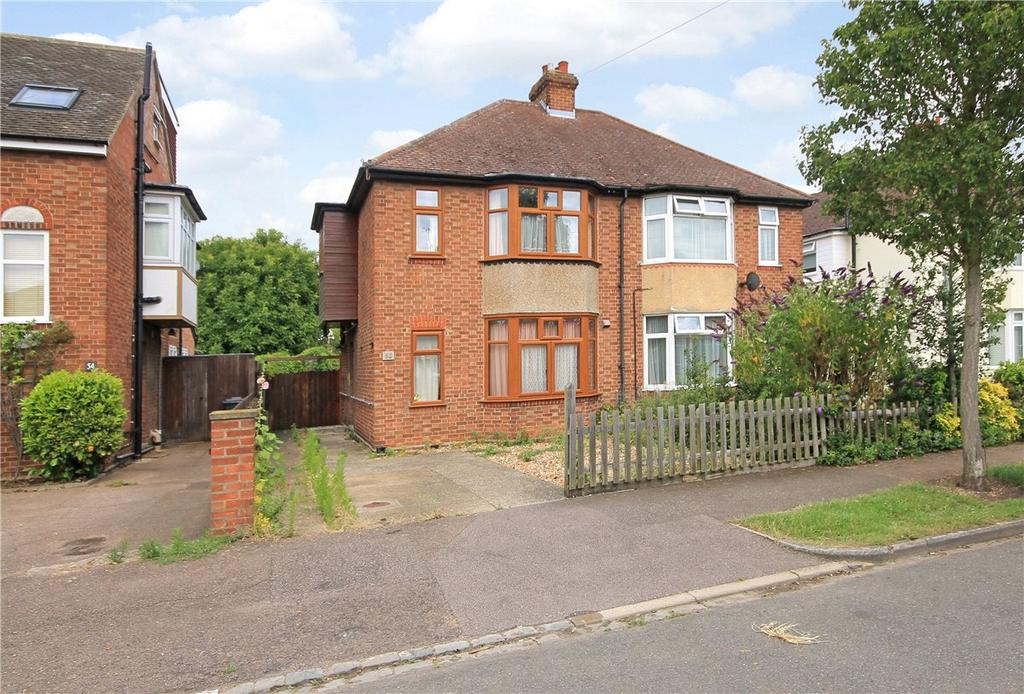 3 Bedrooms Semi Detached House for sale in Lovell Road, Cambridge, CB4