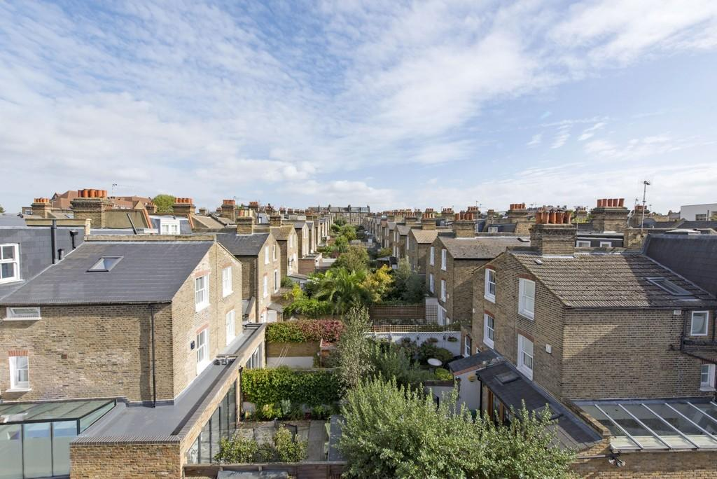 3 Bedrooms Flat for sale in Northcote Road, Battersea, London