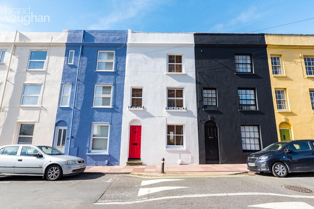 2 Bedrooms Terraced House for sale in Park Street, Brighton, BN2