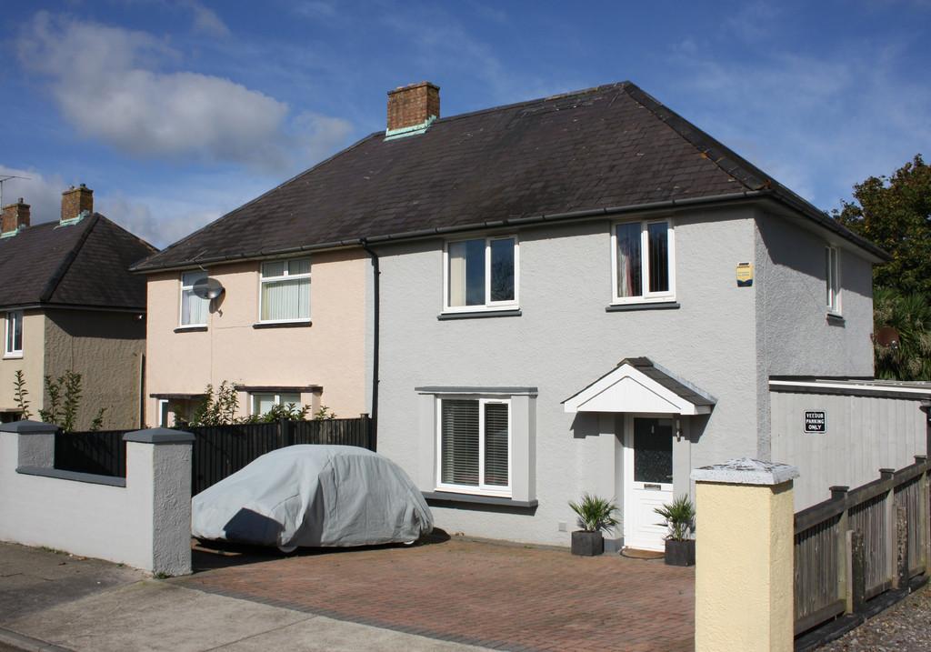 3 Bedrooms Semi Detached House for sale in Hawkstone Road, Pembroke Dock