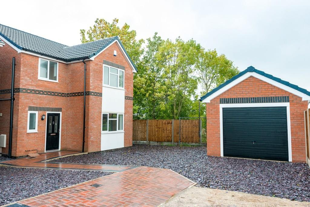 3 Bedrooms Detached House for sale in Norton Grove, Thatto Heath