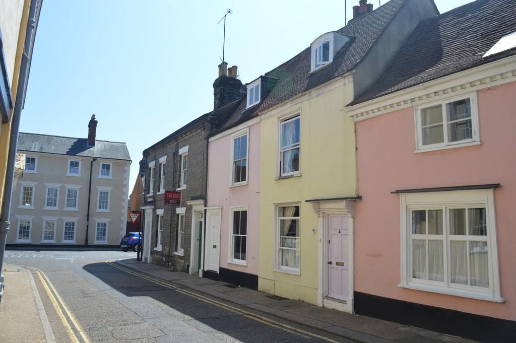 2 Bedrooms Terraced House for sale in Guildhall Street, Bury St. Edmunds