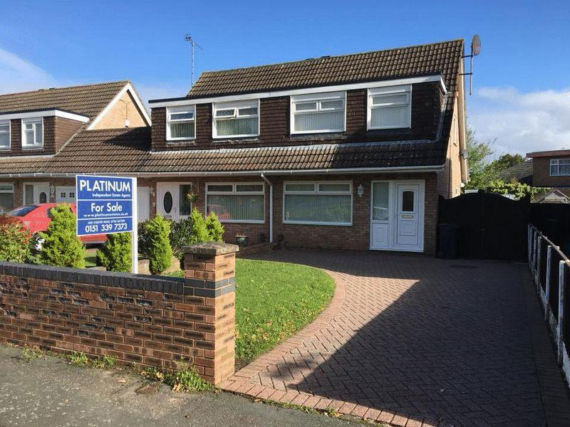 3 Bedrooms Semi Detached House for sale in Lupus Way, Great Sutton