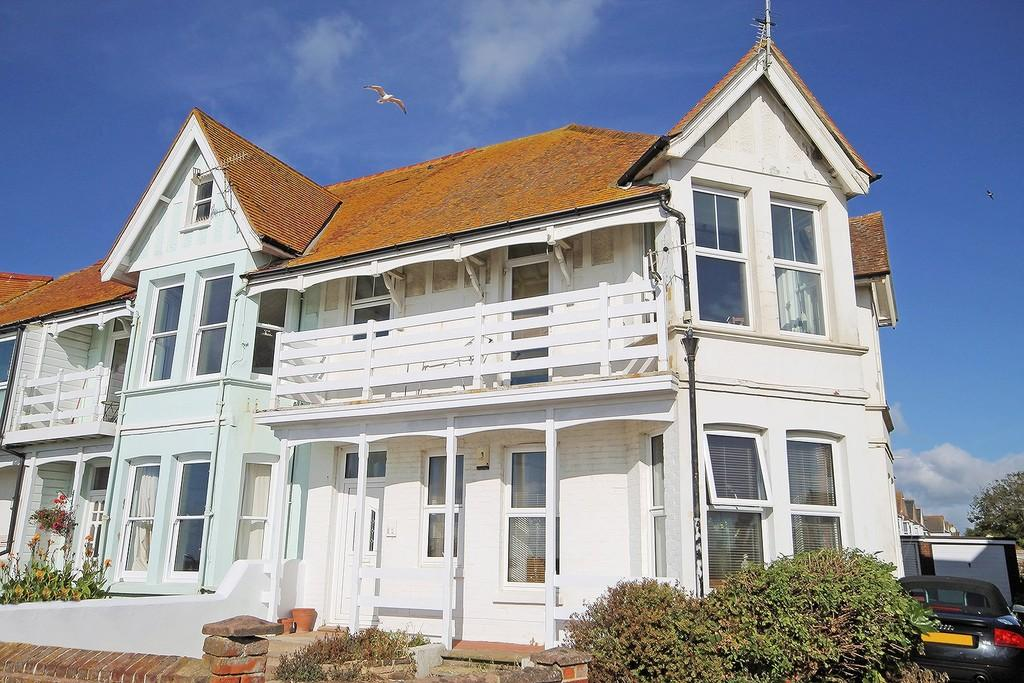 1 Bedroom Apartment Flat for sale in Brighton Road, Worthing BN11 2EU