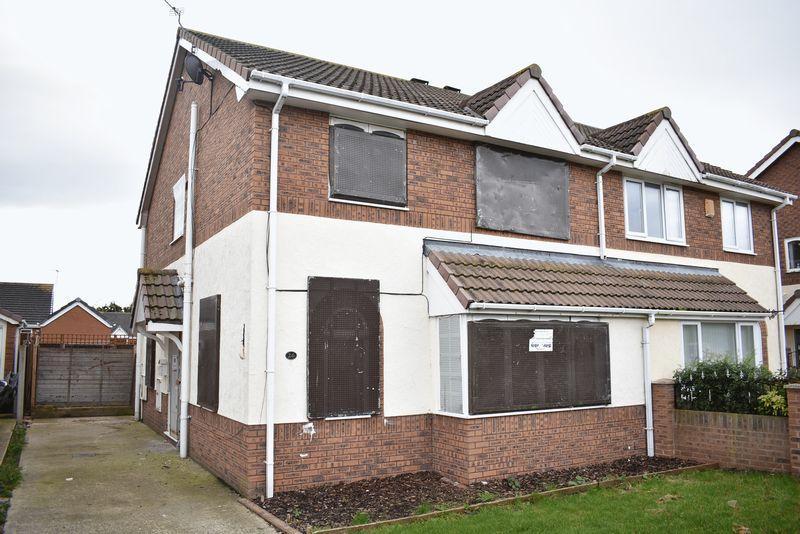 3 Bedrooms Semi Detached House for sale in Ffordd Y Berllan, Towyn