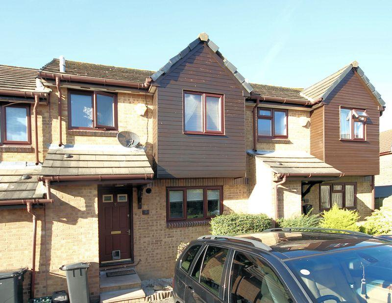 2 Bedrooms Terraced House for sale in Kingcup Close, Shirley Oaks Village