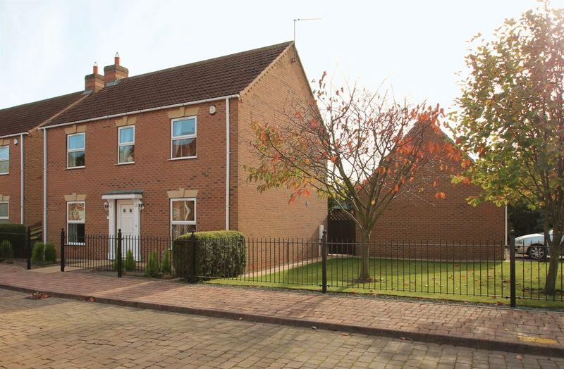 3 Bedrooms Detached House for sale in Chambers Court, Spalding