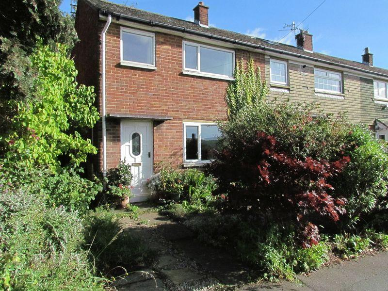 2 Bedrooms Terraced House for sale in Queensway, Bingley