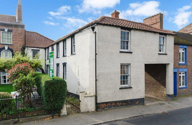 4 Bedrooms Terraced House for sale in East Street, Horncastle