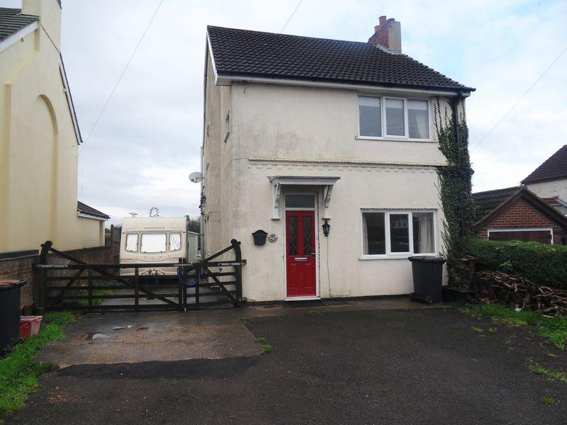 3 Bedrooms Detached House for sale in Thornborough Road, Coalville