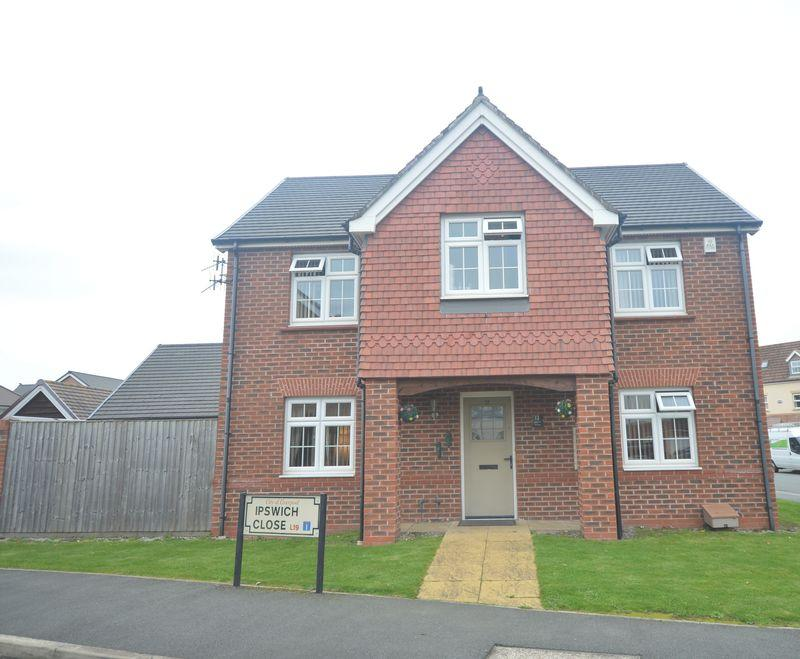 4 Bedrooms Detached House for sale in Ipswich Close, Cressington Heath