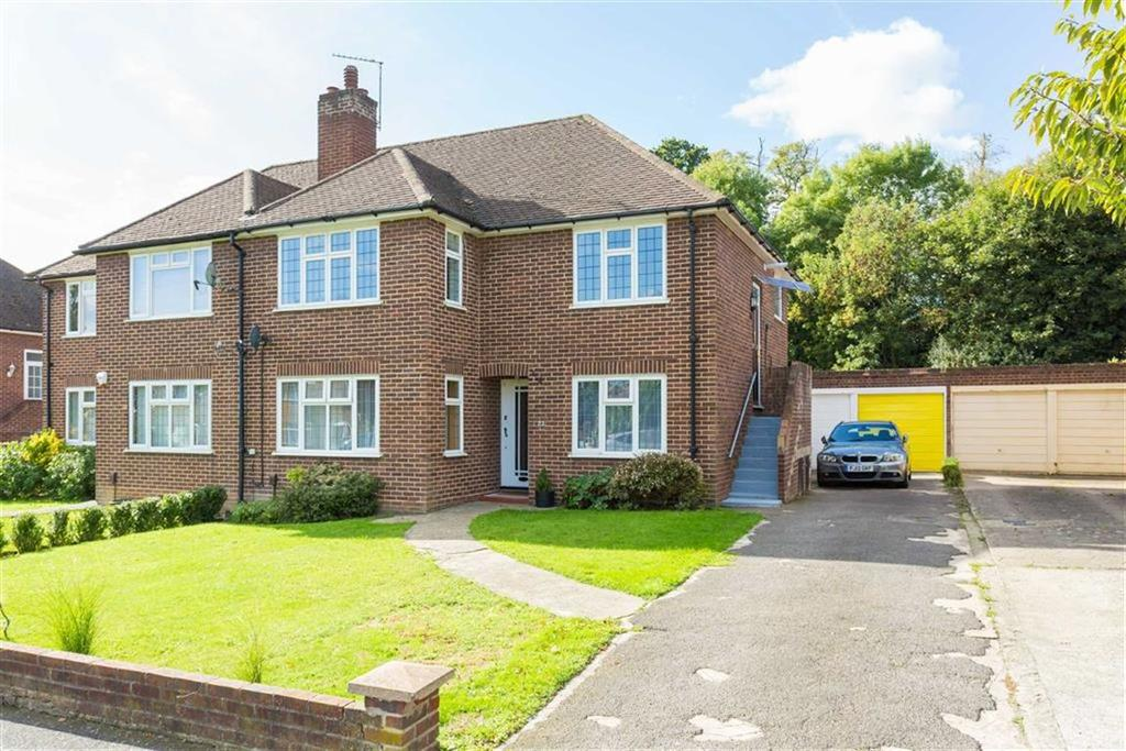 2 Bedrooms Maisonette Flat for sale in Kent Gardens, Eastcote
