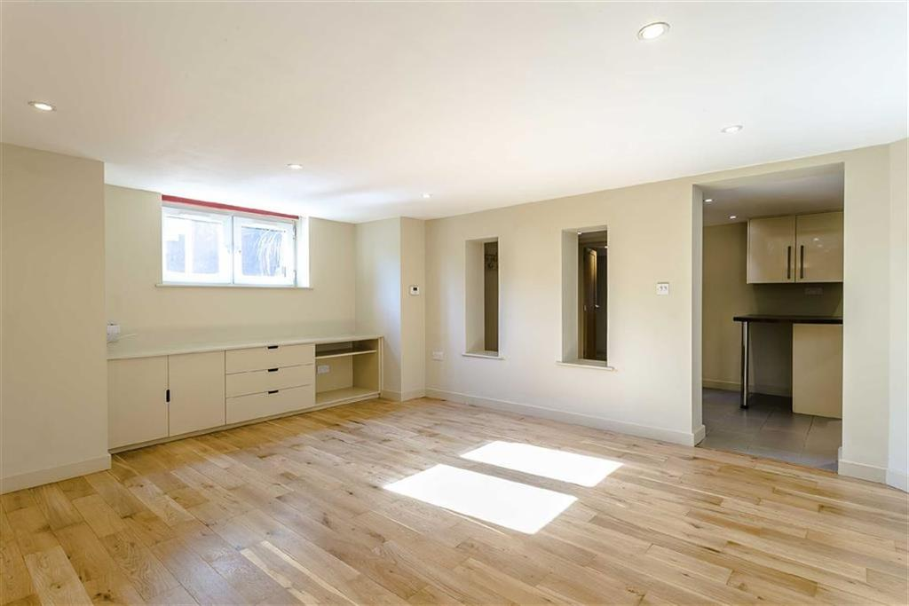 1 Bedroom Apartment Flat for sale in Coppice Drive, Harrogate, North Yorkshire