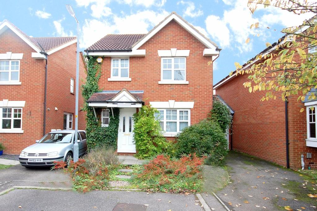 3 Bedrooms Link Detached House for sale in Pike End, Stevenage