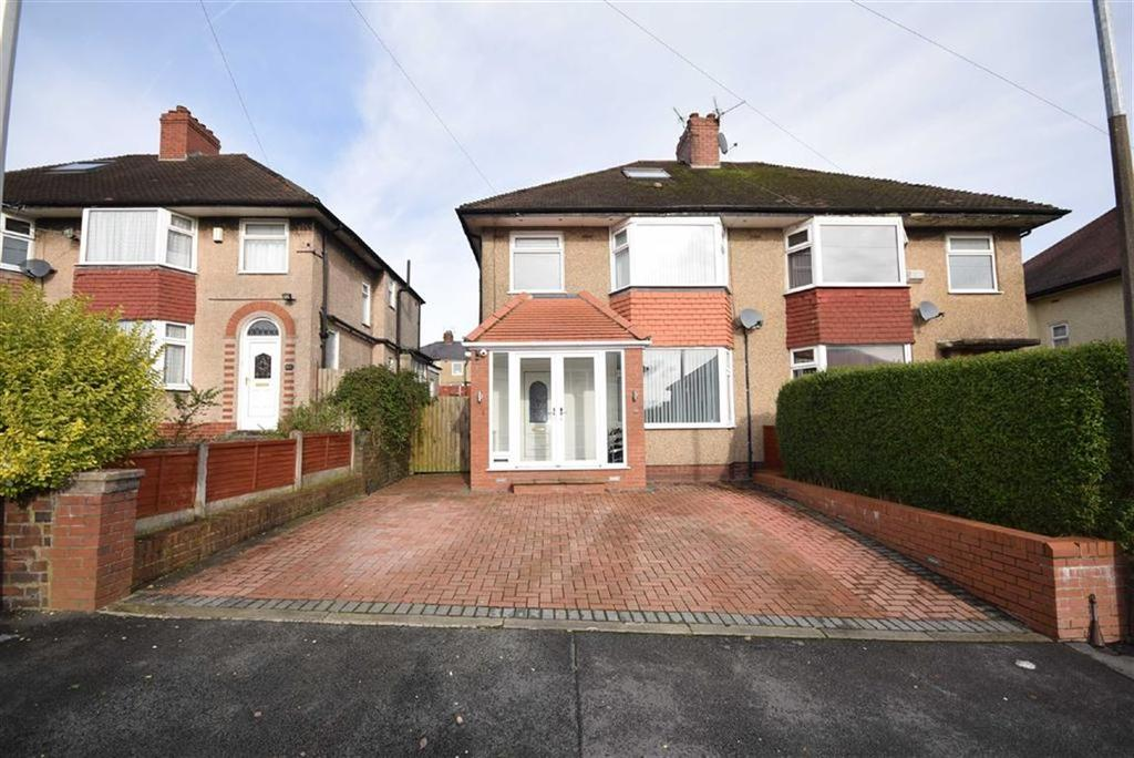 4 Bedrooms Semi Detached House for sale in Deganwy Avenue, Blackburn