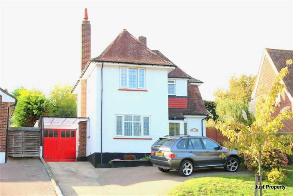 3 Bedrooms Detached House for sale in Ironlatch Avenue, St Leonards On Sea