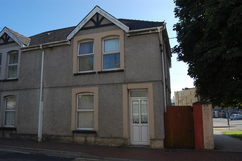 2 Bedrooms Semi Detached House for rent in High Street, Ammanford