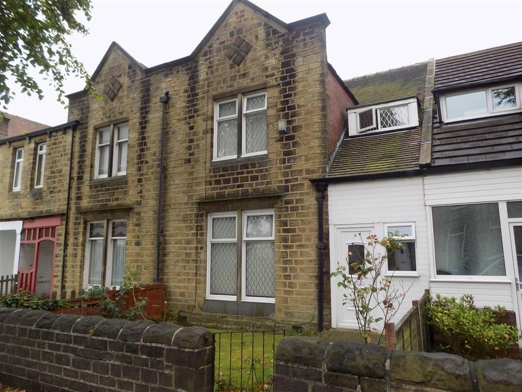 4 Bedrooms Terraced House for sale in Virginia Road, Marsh, Huddersfield, HD3
