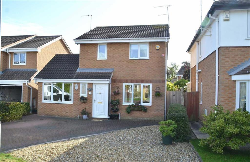 3 Bedrooms Detached House for sale in Lyneal Avenue, Great Sutton, CH66