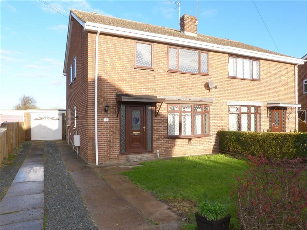 4 Bedrooms Semi Detached House for sale in Grebe Road, Newport