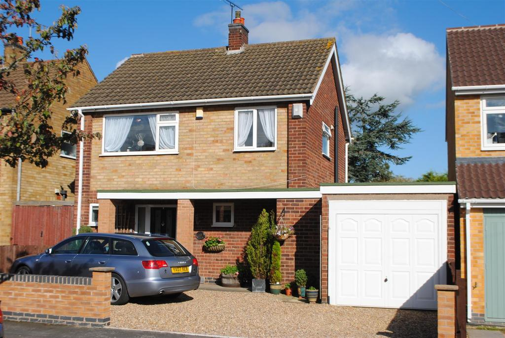3 Bedrooms Detached House for sale in Castle Road, Mountsorrel, Loughborough