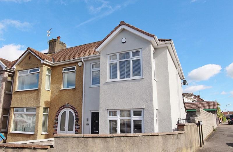 3 Bedrooms End Of Terrace House for sale in Holdenhurst Road, Kingswood, Bristol