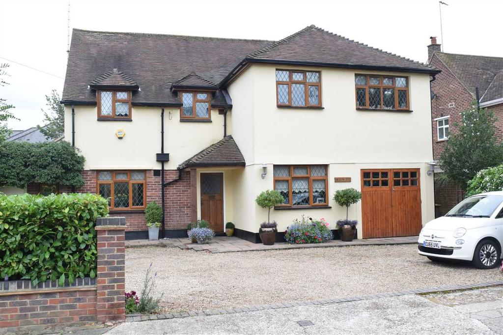 5 Bedrooms Detached House for sale in Westfield Avenue, Chelmsford