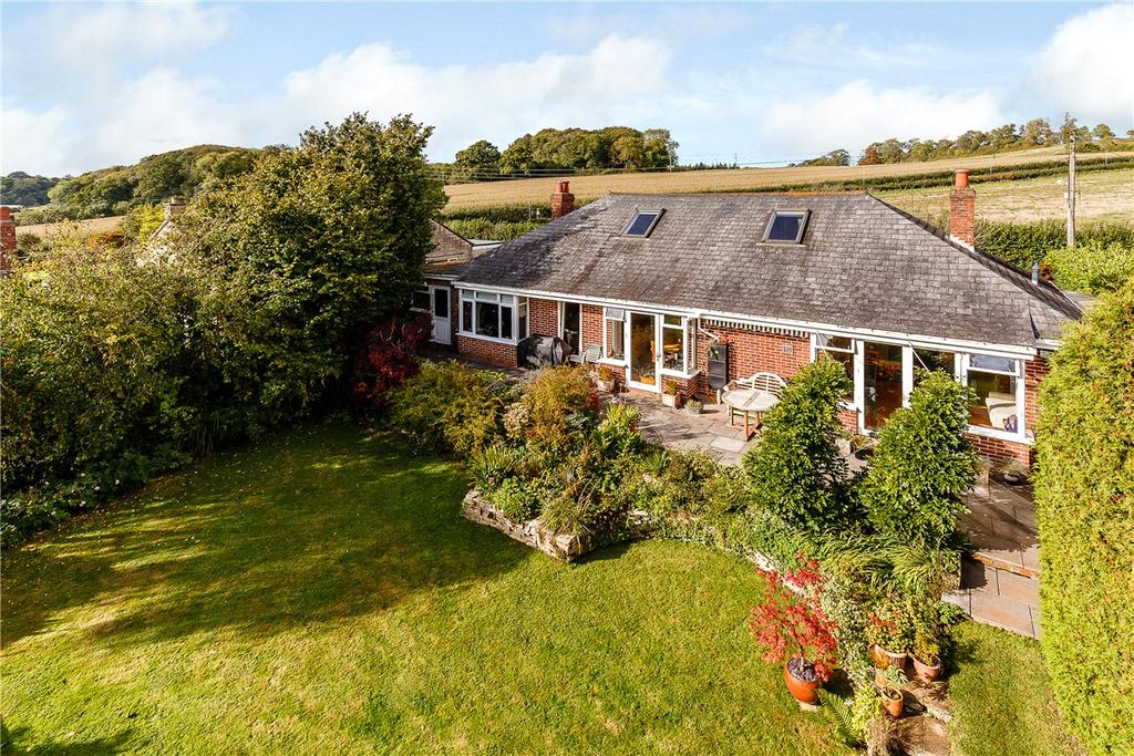 4 Bedrooms Detached House for sale in Langfords Lane, Hallatrow, Nr. Bath, Somerset, BS39