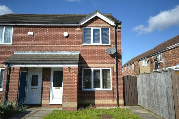 2 Bedrooms Terraced House for sale in Beck Walk, Cleethorpes
