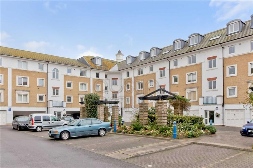 2 Bedrooms Flat for sale in The Strand, Brighton Marina Village, Brighton