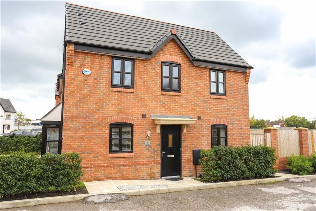 3 Bedrooms Semi Detached House for sale in Harrow Drive, Heaton Moor
