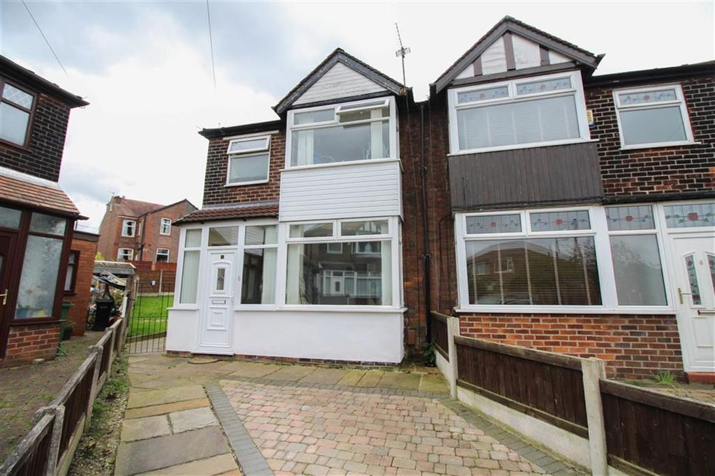 3 Bedrooms Semi Detached House for sale in Brendon Avenue, South Reddish, Stockport