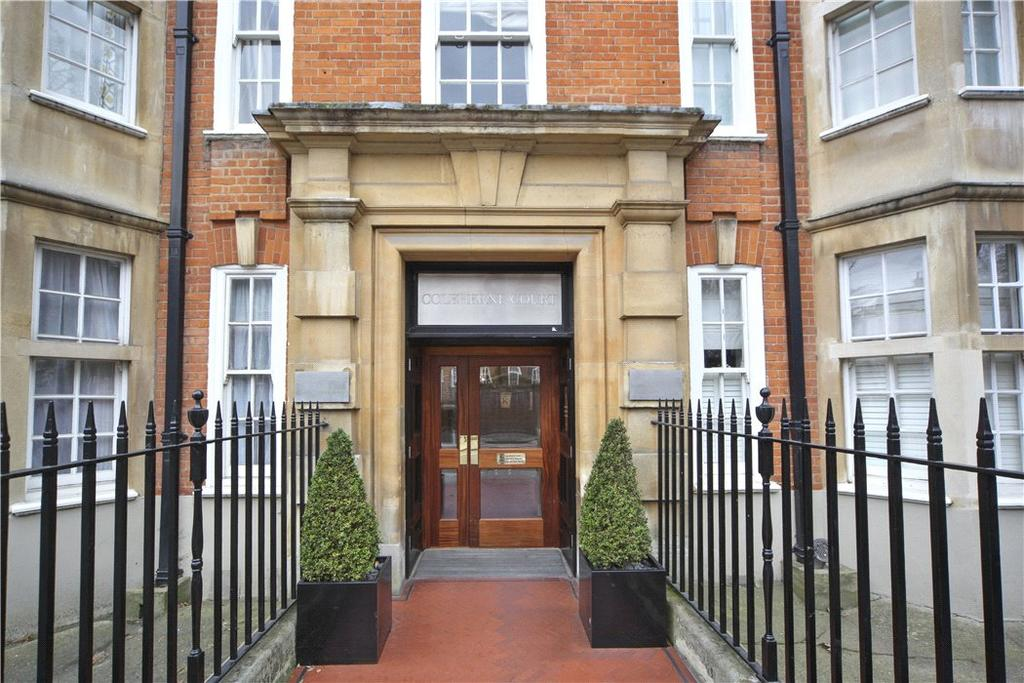 3 Bedrooms Flat for sale in Coleherne Court, Old Brompton Road, Chelsea, London, SW5
