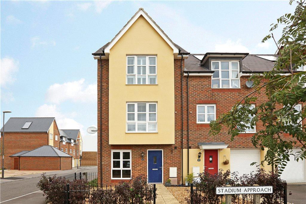 3 Bedrooms End Of Terrace House for sale in Stadium Approach, Aylesbury, Buckinghamshire