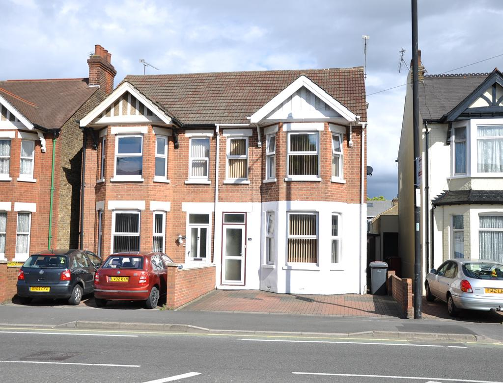 4 Bedrooms Semi Detached House for sale in Wexham Road, Slough SL1