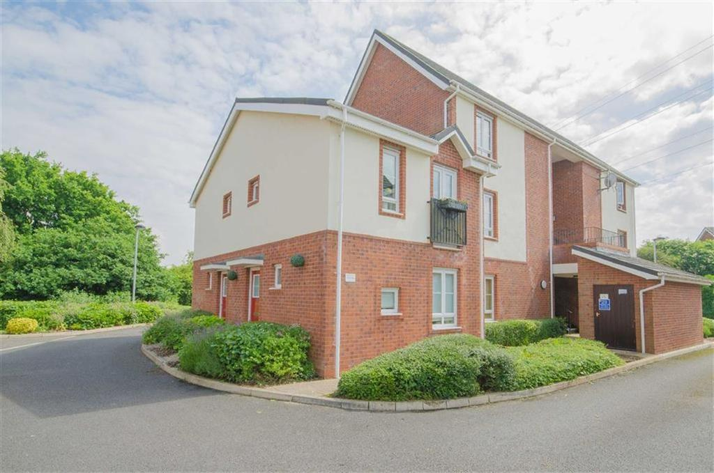 1 Bedroom Duplex Flat for sale in Maes Deri, Ewloe, Deeside, Flintshire
