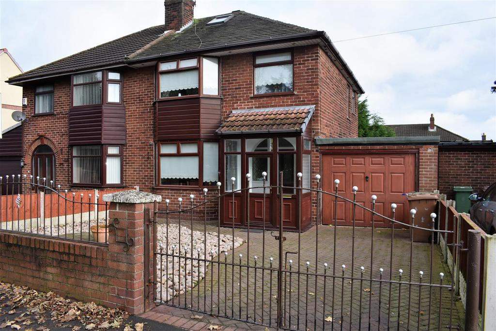 3 Bedrooms Semi Detached House for sale in Stoney Lane, Rainhill, Prescot