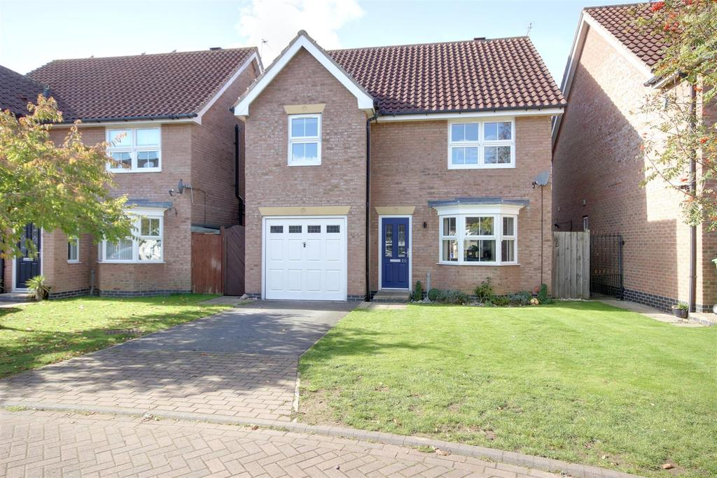 4 Bedrooms Detached House for sale in Fair View Close, Gilberdyke, Brough
