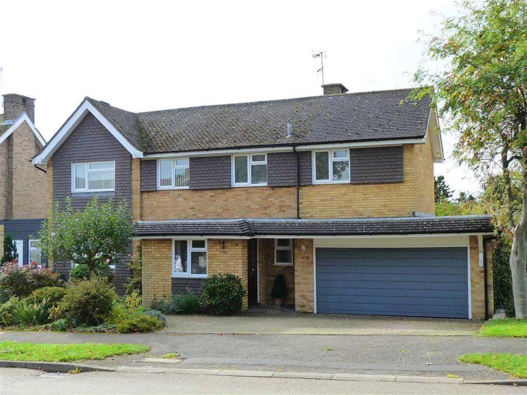 3 Bedrooms Detached House for sale in Carleton Rise, Welwyn Village