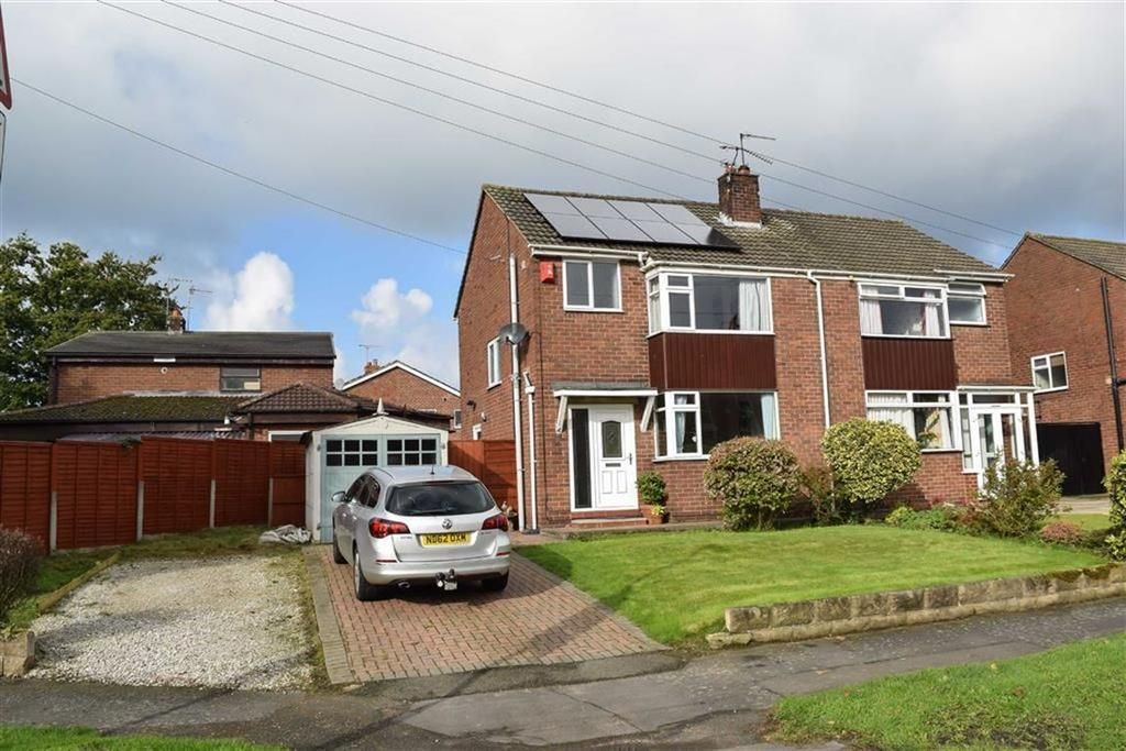 3 Bedrooms Semi Detached House for sale in Sutton Lane