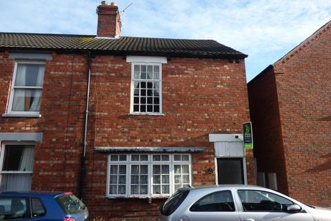 2 bedroom end of terrace house for sale - Ashley Road, Louth, LN11