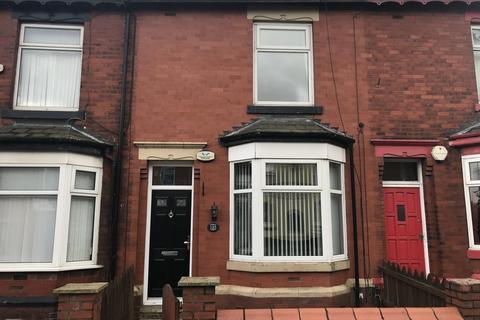 2 bedroom terraced house to rent - Bury New Road,