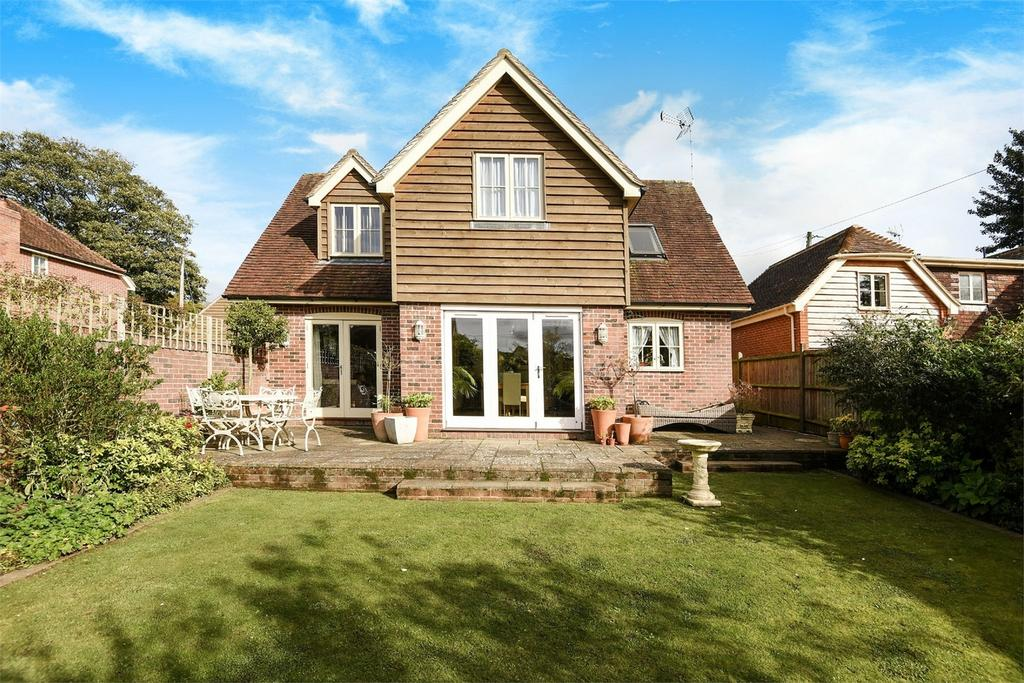 4 Bedrooms Detached House for sale in Preston Candover, Basingstoke, Hampshire
