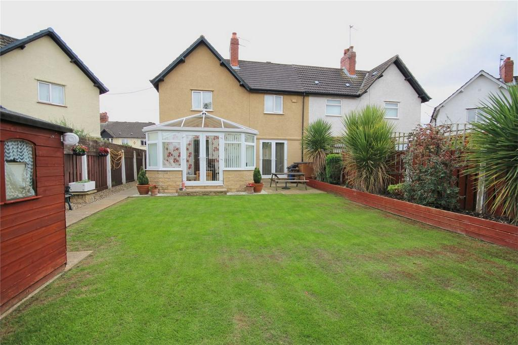 3 Bedrooms Semi Detached House for sale in 43 Rosedale Grove, HULL, East Riding of Yorkshire